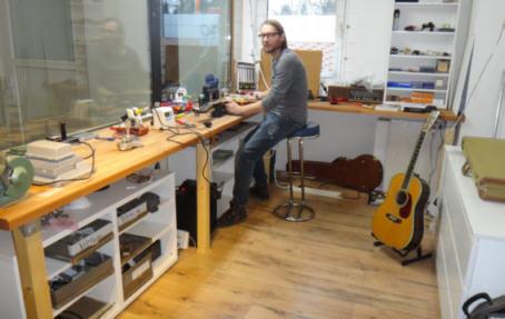 Details | At work: Hartmut