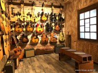 Vintage-Shop/Archtops-and-Acoustics-002.jpg