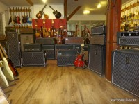 Vintage-Shop/Vintage-Guitar-Oldenburg-Galerie-007.JPG