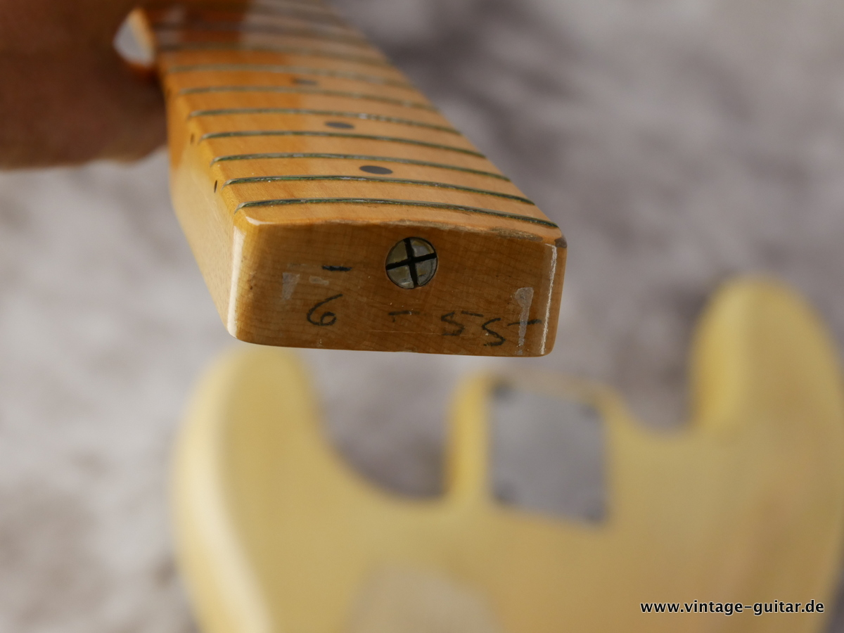 img/vintage/1599/Fender-Precision-Bass-1955-blond-019.JPG