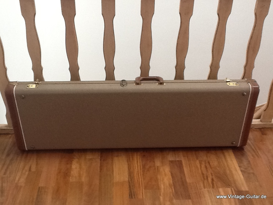 img/vintage/1745/Fender-brown-tolex-bass-case-1961-001.jpg