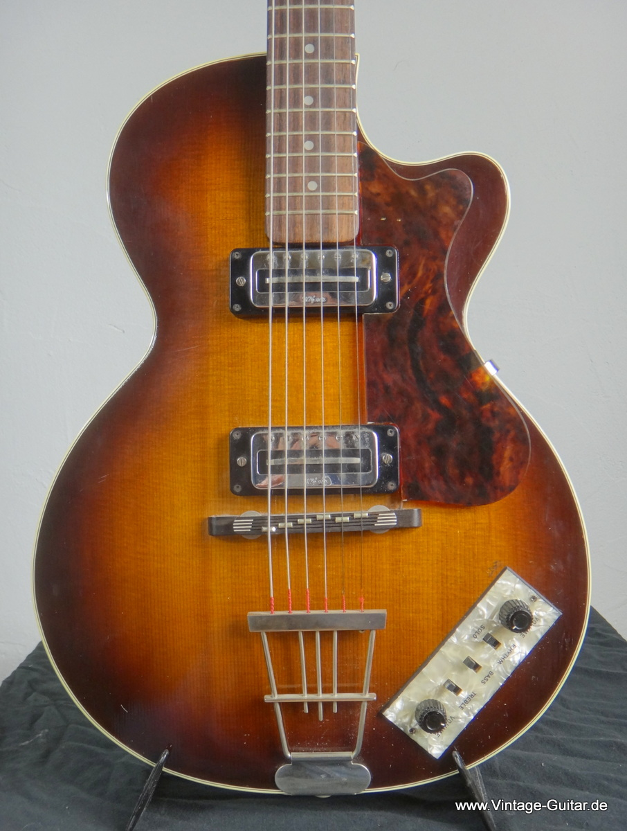 img/vintage/195/Hofner-Club-50-from-1968-002.JPG