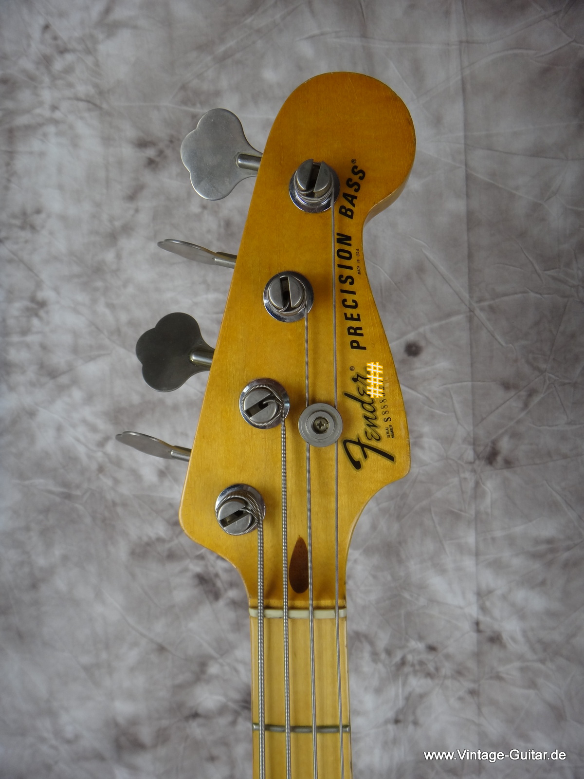 img/vintage/2039/Fender_Precision-Bass_1979-natural-005.JPG