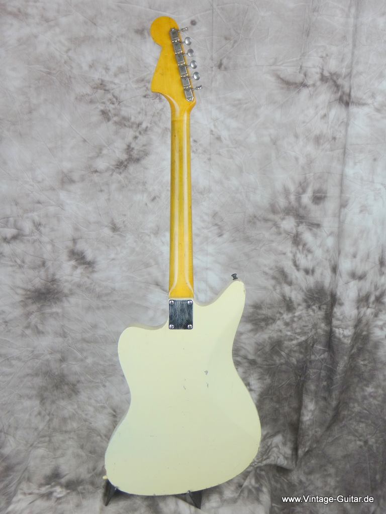 img/vintage/2127/Fender_jaguar-olympic_white-refinished_1963-004.JPG