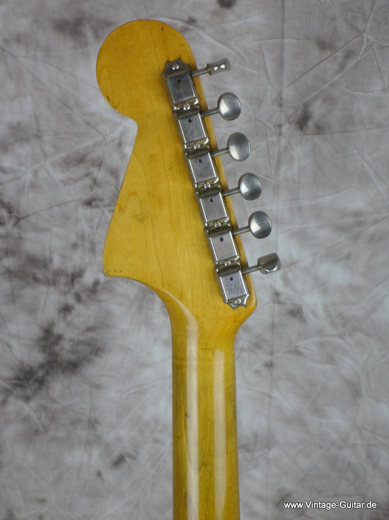 img/vintage/2127/Fender_jaguar-olympic_white-refinished_1963-006.JPG