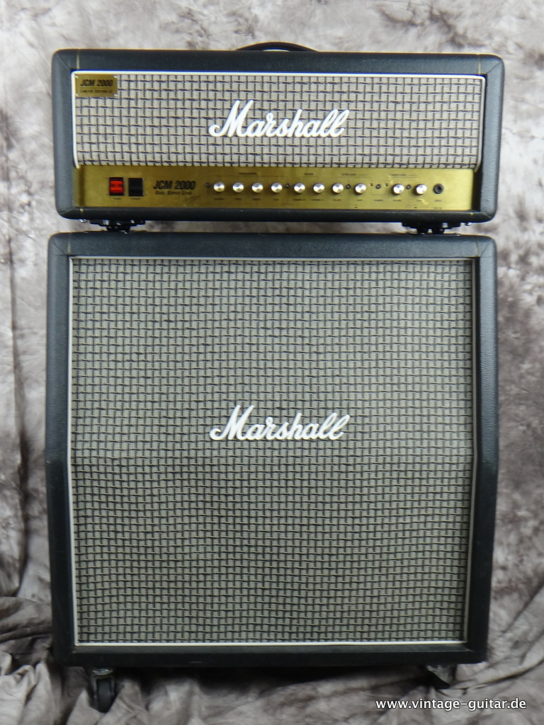 img/vintage/2161/Marshall_JCM-2000_limited-Edition-checkerboard-001.JPG