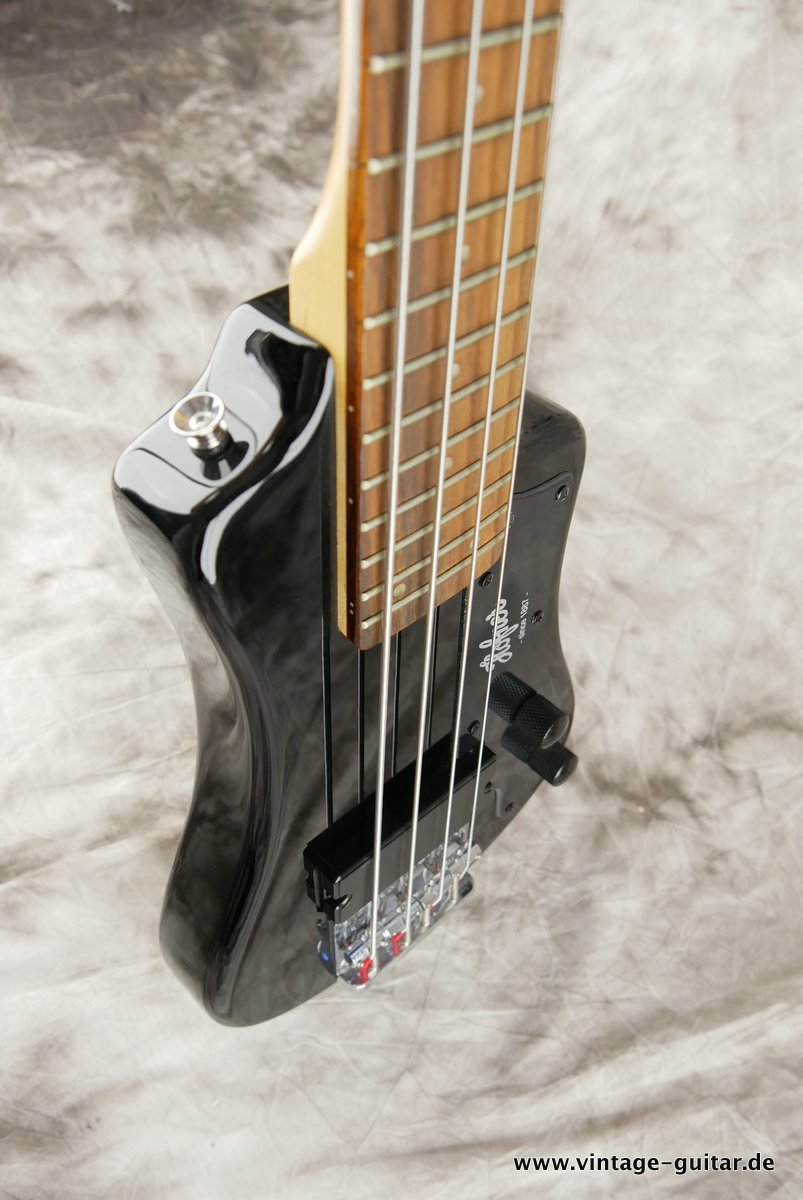 img/vintage/2486/Hoefner_Shorty_Bass_black_2015-005.JPG