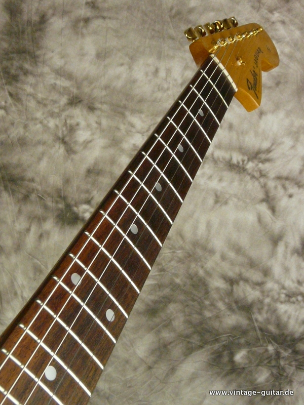img/vintage/2510/Fender_Jaguar-1994-blonde-Limited-Edition-007.JPG