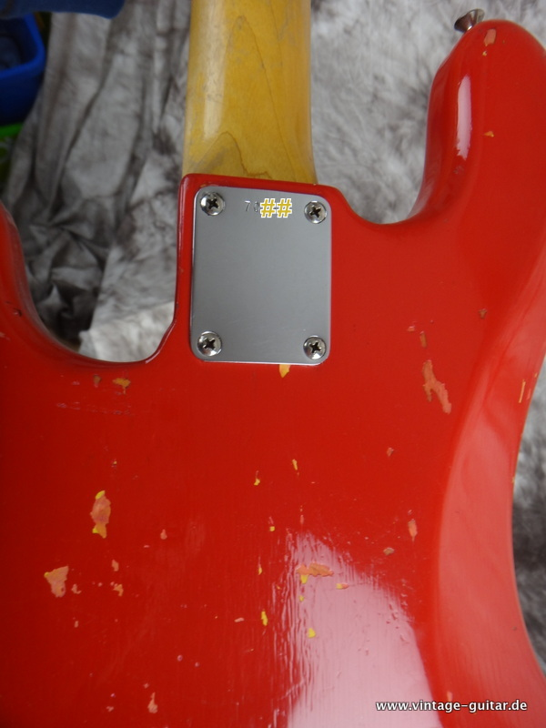 img/vintage/2581/Fender-Precision-1961-red-refinished-002.JPG