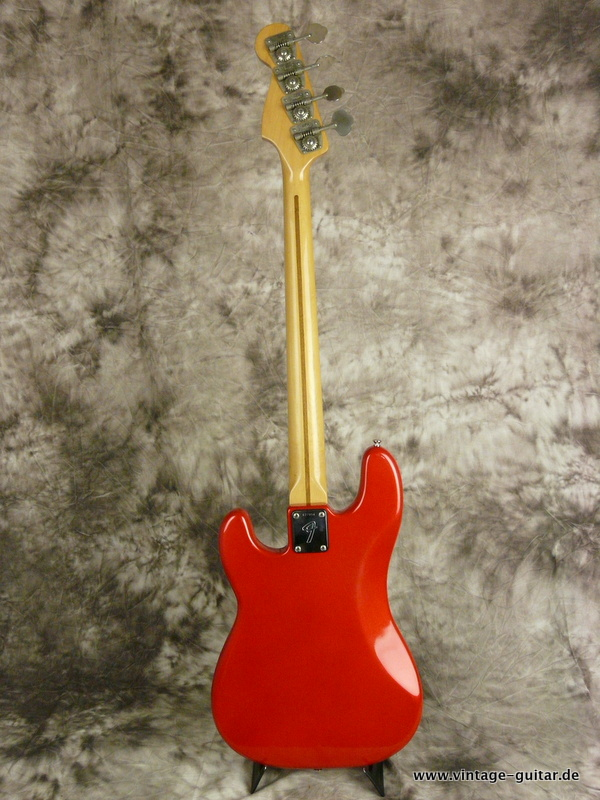img/vintage/2604/Fender-Precision-Bass-1975-candy-aplle-red-003.JPG