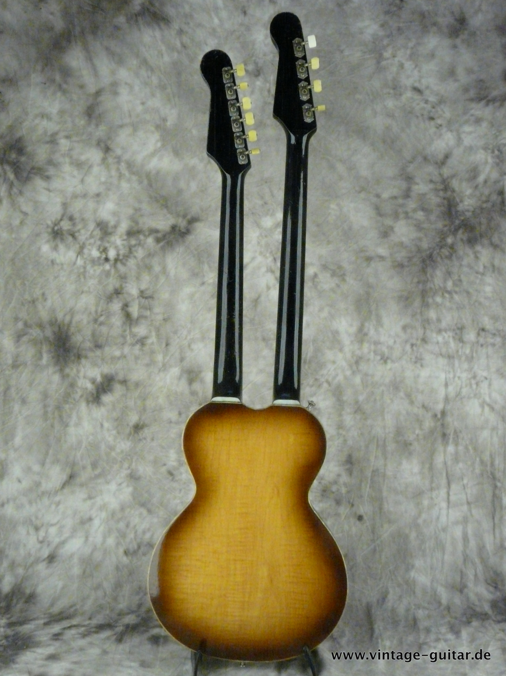 img/vintage/2648/Hofner-Double-Neck-Guitar-and-Bass-Model-191-003.JPG
