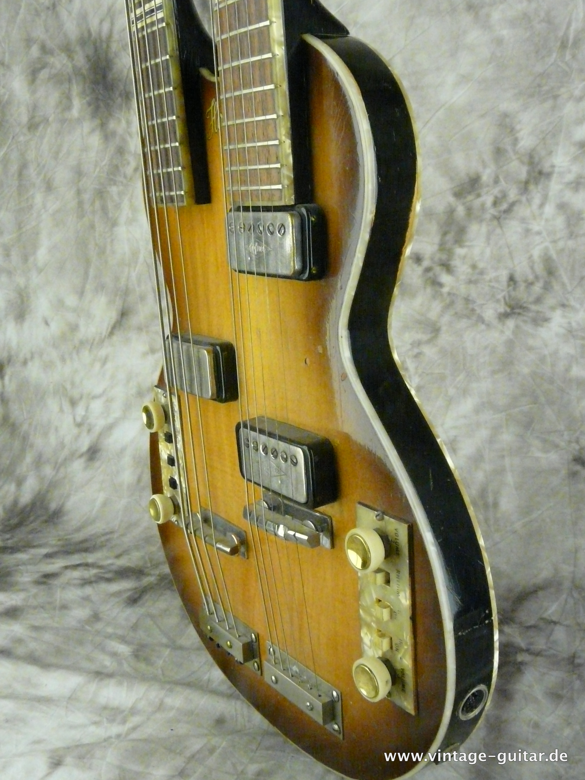 img/vintage/2648/Hofner-Double-Neck-Guitar-and-Bass-Model-191-012.JPG