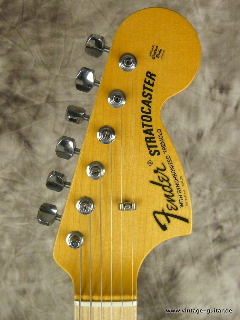 img/vintage/2690/Fender_Stratocaster-2014-Richie-Blackmoore-Custom-Shop-Tribute-003.JPG