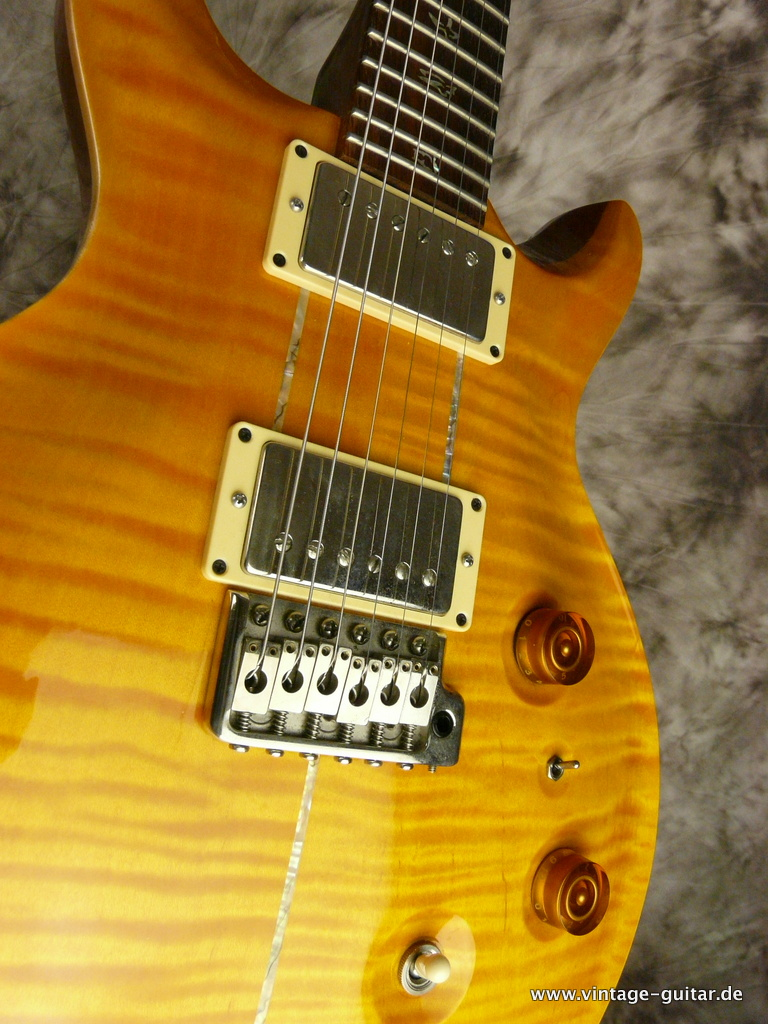 img/vintage/2957/Paul-Reed-Smith-PRS-Santana-MD-Multi-Dimensional-011.JPG