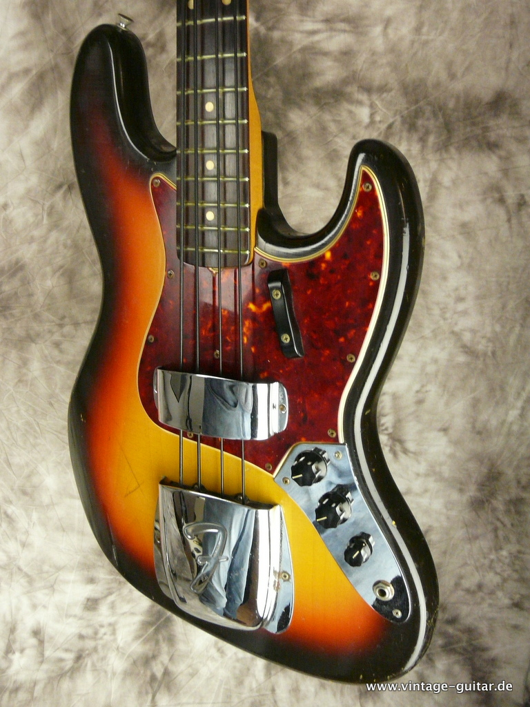 img/vintage/2969/Fender-Jazz-Bass-sunburst-1966-all-original-006.JPG