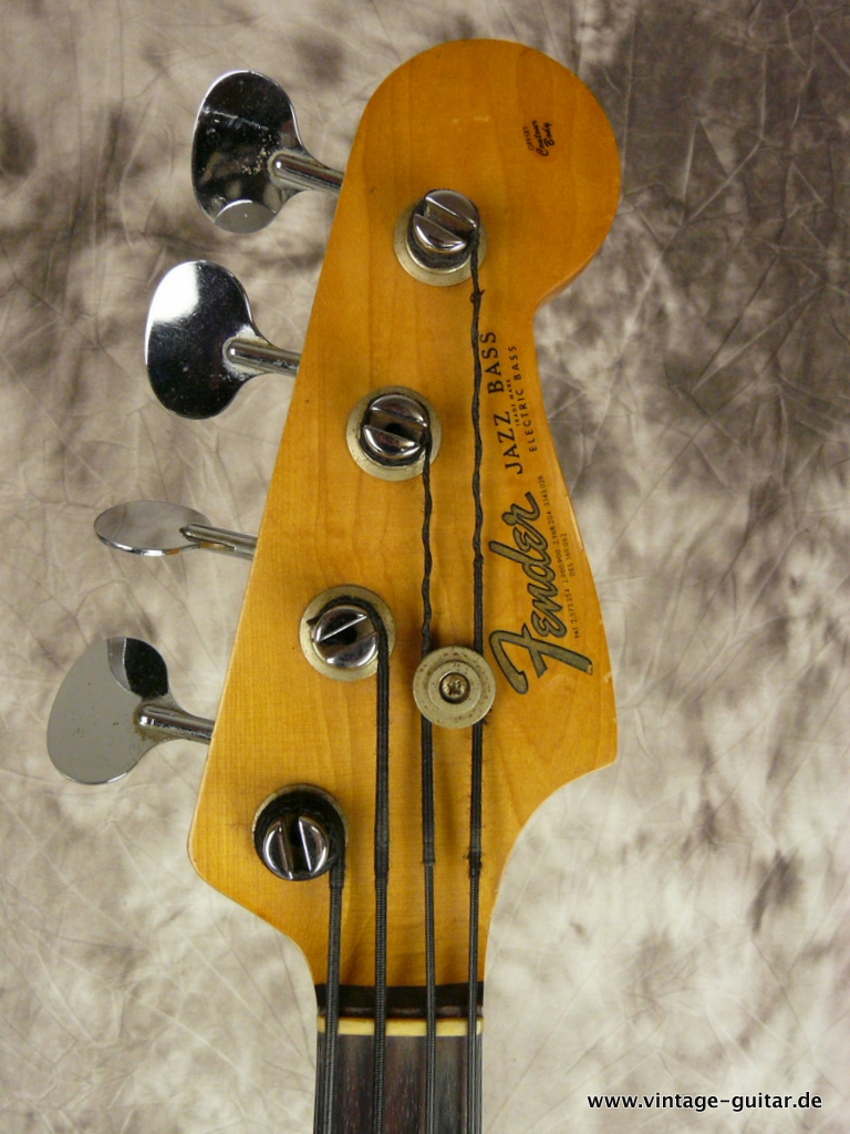 img/vintage/2969/Fender-Jazz-Bass-sunburst-1966-all-original-009.JPG