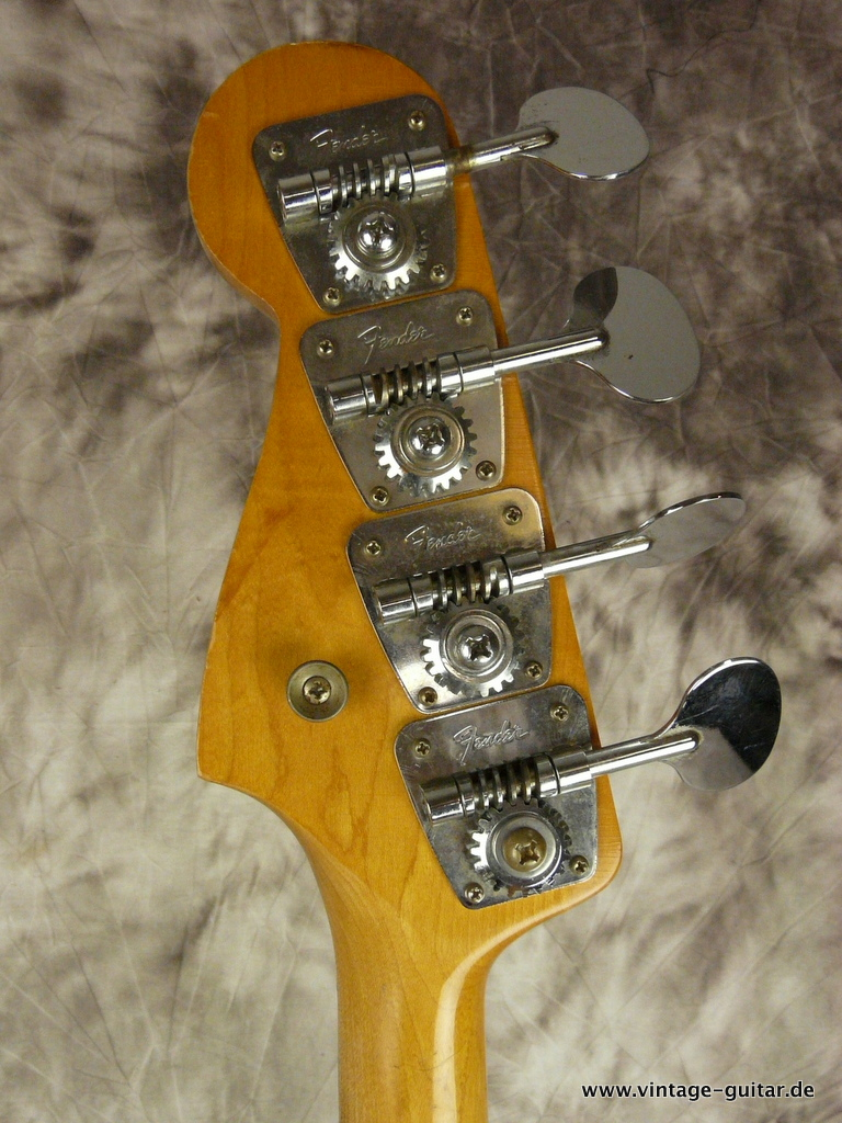img/vintage/2969/Fender-Jazz-Bass-sunburst-1966-all-original-010.JPG