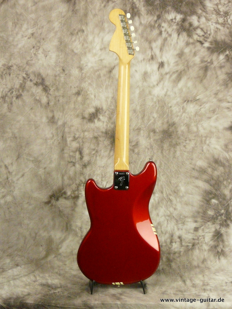 img/vintage/3009/Fender-Mustang-Candy-Apple-Red-Competition-1973-003.JPG