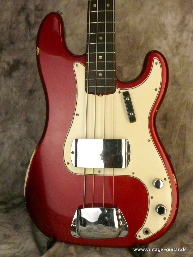 img/vintage/3124/Fender-Precision-Bass-1966-Candy-Apple-Red-002.JPG