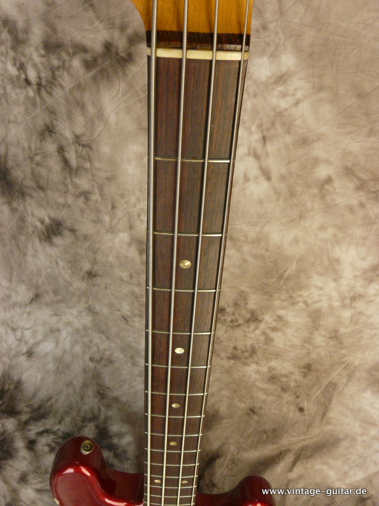 img/vintage/3124/Fender-Precision-Bass-1966-Candy-Apple-Red-008.JPG