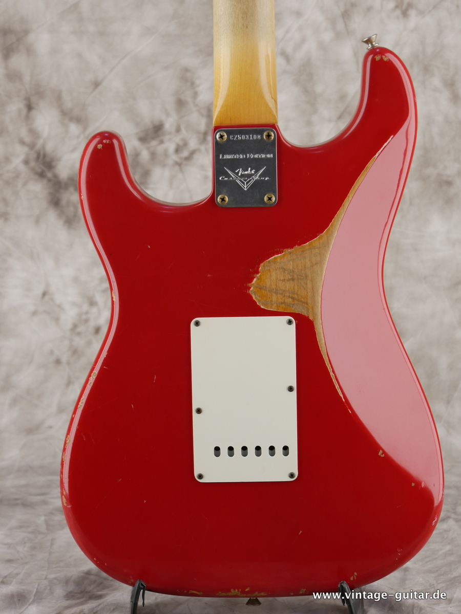img/vintage/3154/Fender_Stratocaster_custom_shop_limited_edition_seminole_red-004.JPG