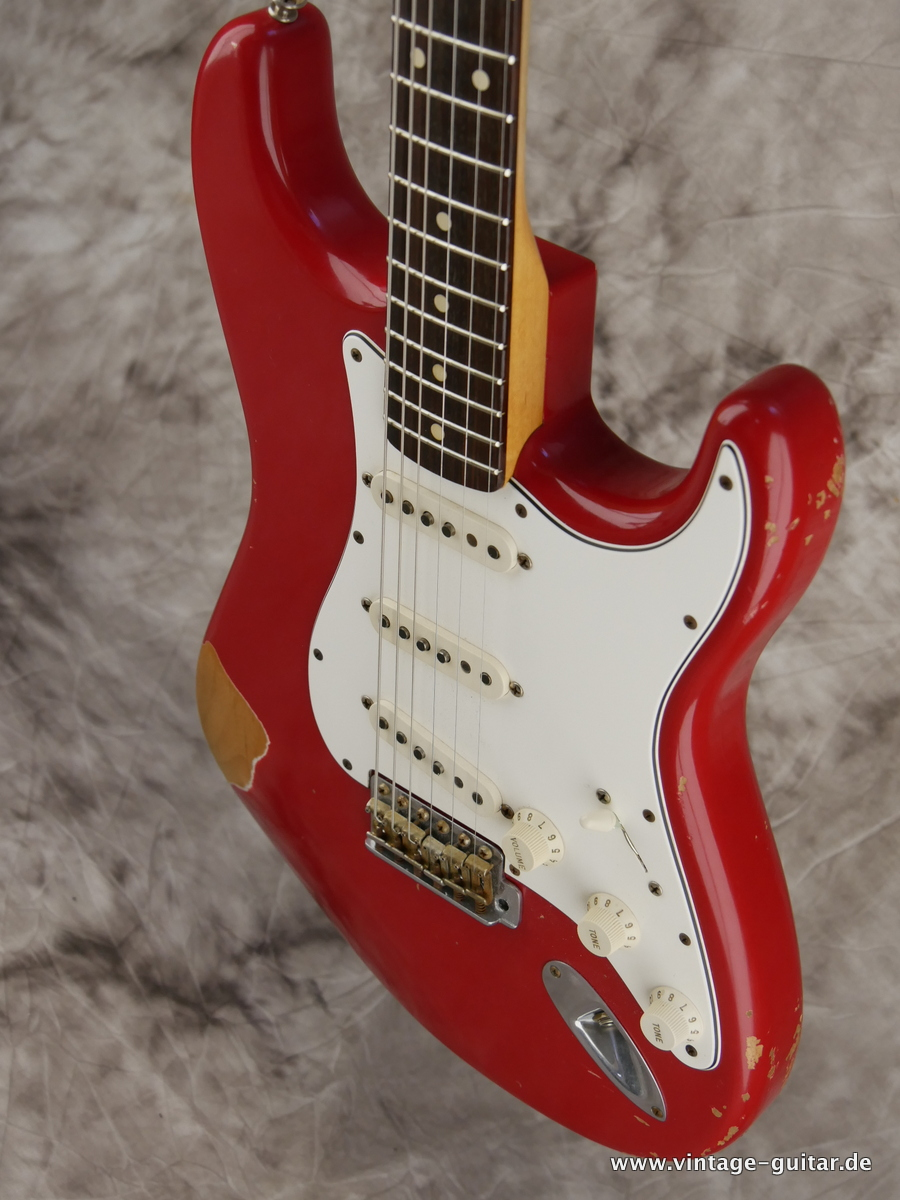img/vintage/3154/Fender_Stratocaster_custom_shop_limited_edition_seminole_red-007.JPG