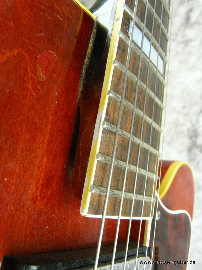 img/vintage/3280/Epiphone-Broadway-Model-E-252-014.JPG