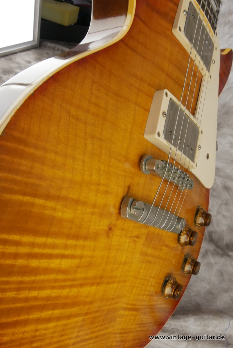 img/vintage/3416/Gibson-Les-Paul-Historic-R9-1959-2001-Murphy-Aged-018.JPG