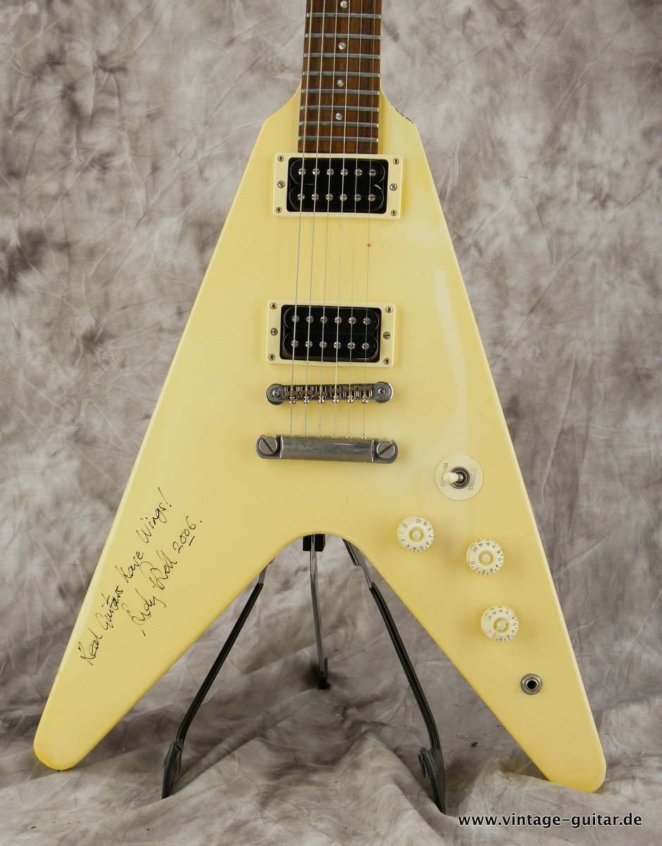 img/vintage/3453/Gibson-Flying-V-1986-Custom-Shop-002.JPG