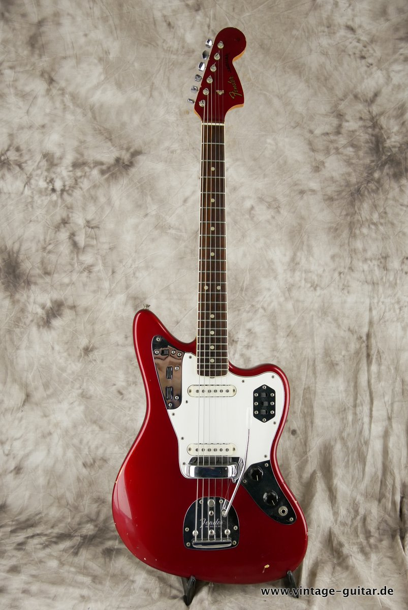 img/vintage/3548/Fender_Jaguar_candy_apple_red_1966-015.JPG