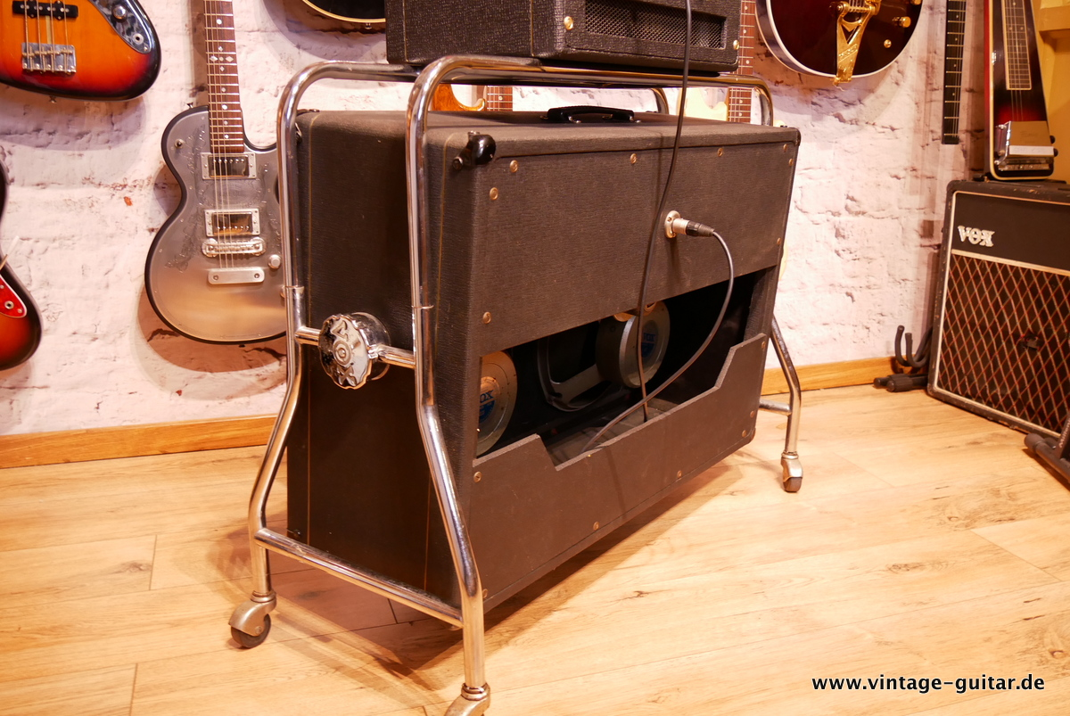 img/vintage/3618/Vox_AC-50_flat_cab_surround_stand_1964-007.JPG