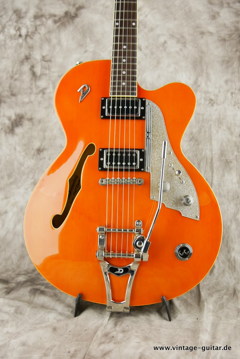 img/vintage/3742/Duesenberg-Carl-Carlton-2004-orange-002.JPG