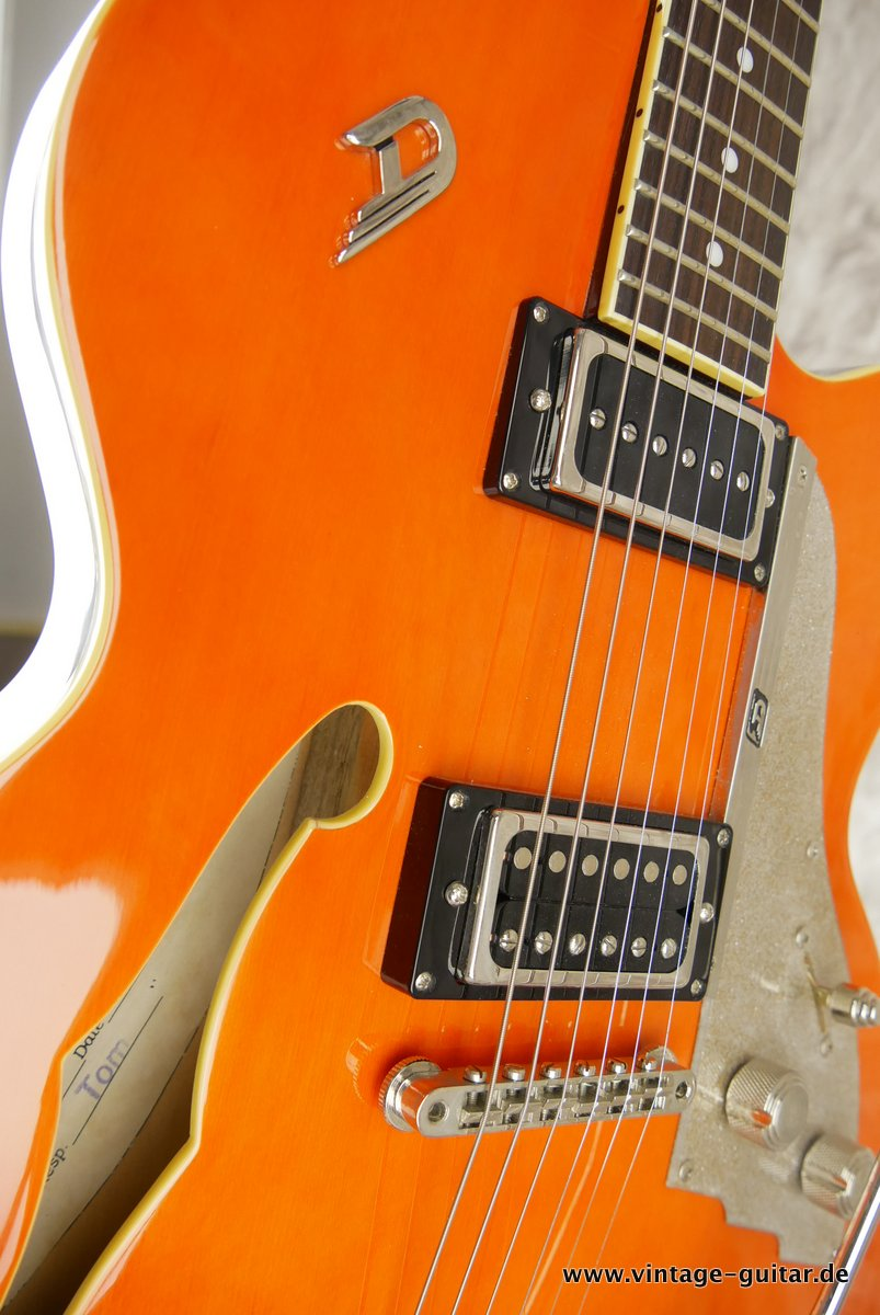 img/vintage/3742/Duesenberg-Carl-Carlton-2004-orange-014.JPG