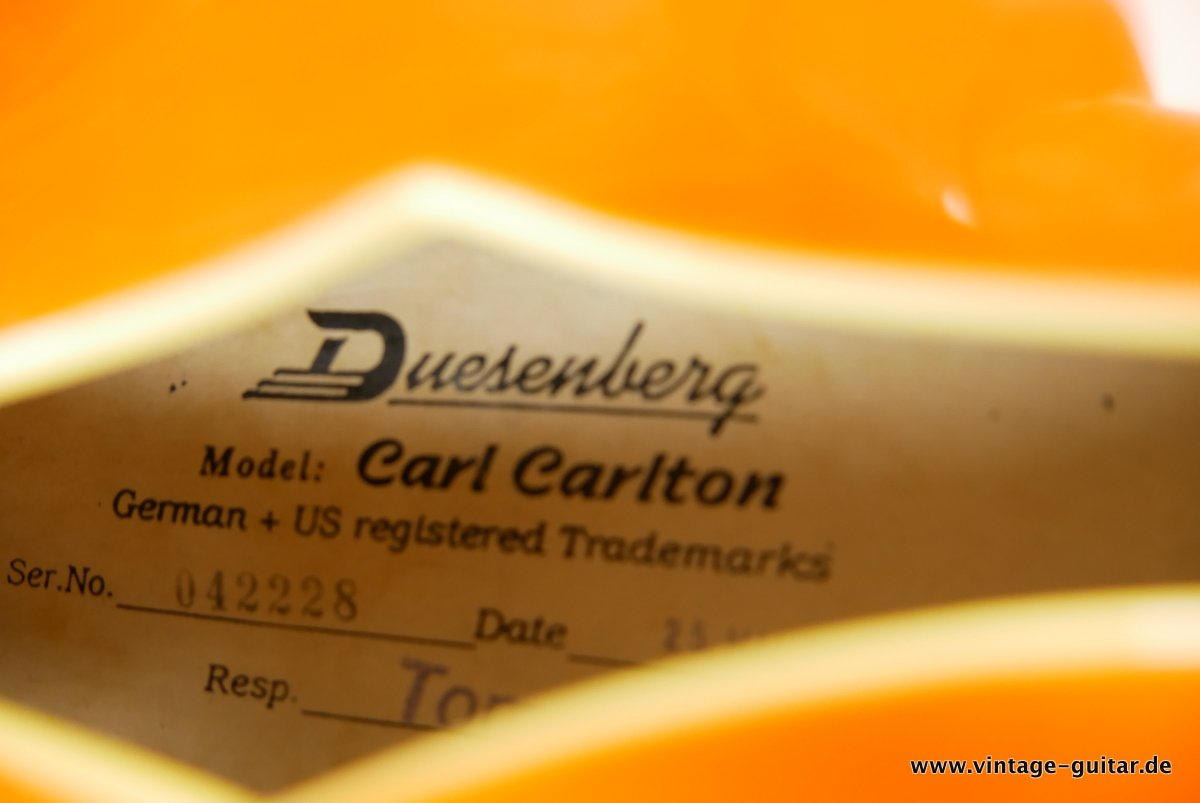 img/vintage/3742/Duesenberg-Carl-Carlton-2004-orange-015.JPG