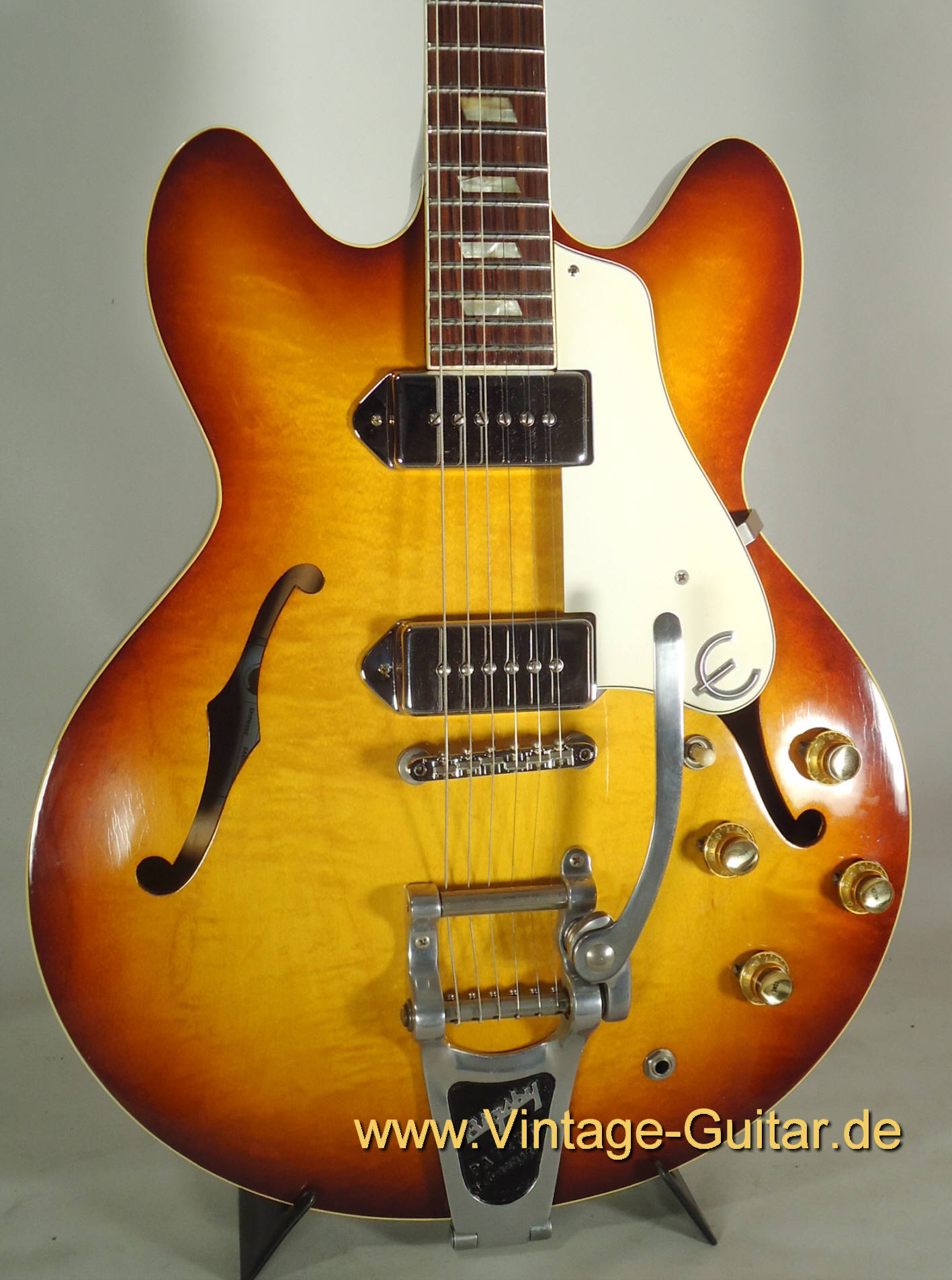 Epiphone casino natural bigsby